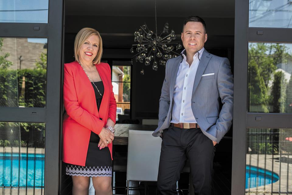 Une famille passionnée par l'immobilier, le service client en plus!